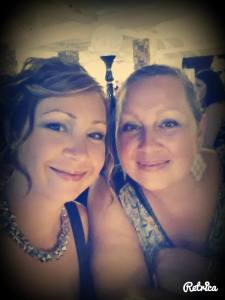Amy Gauvin pic with sis wedding